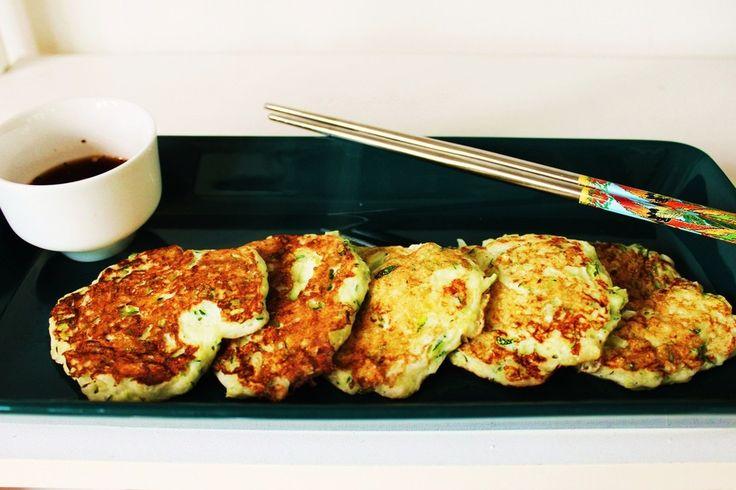 Korealaiset kesäkurpitsapihvit - Pöytä koreaksi | Lily.fi