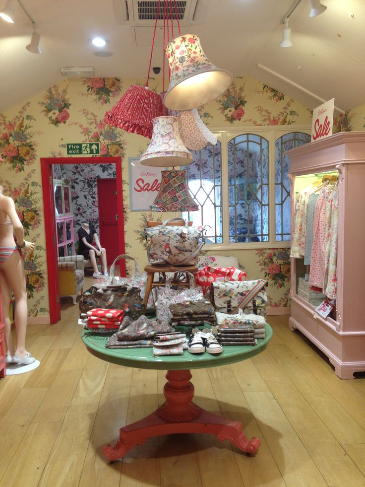 Do love the style of Cath Kidston stores as home inspiration.