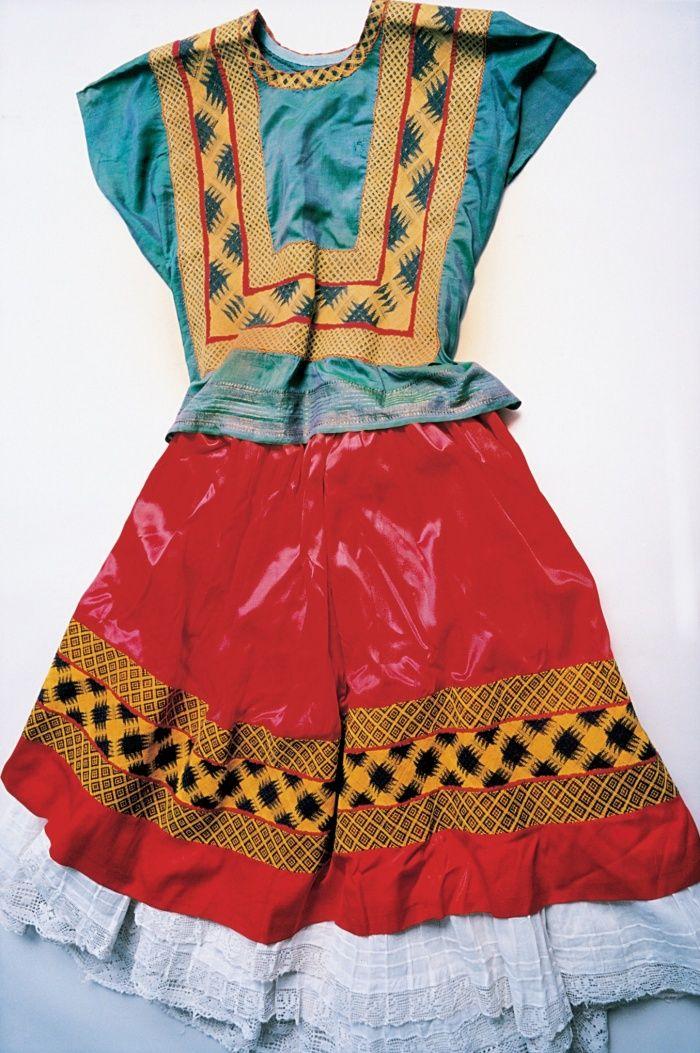 Frida Kahlo vestuario ropa wardrobe1