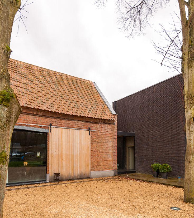 nowoczesna-STODOLA_Farmhouse-in-Westerlo_Van-Staeyen-Beutels-Apers_01