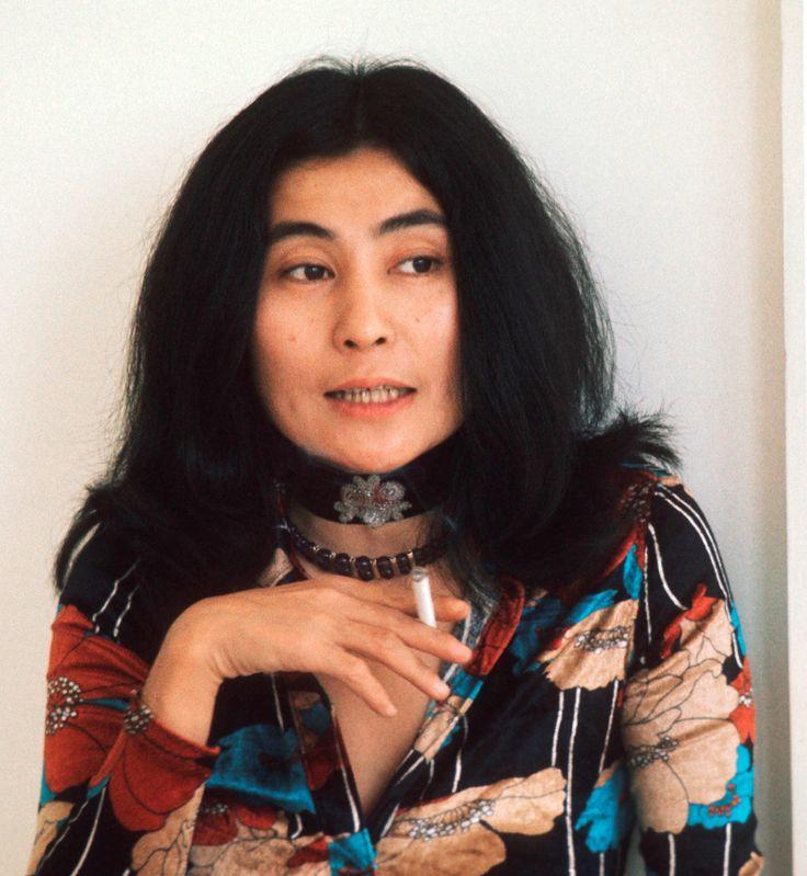 Yoko Ono Nude Photos 31