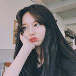 "3,857 curtidas, 6 comentários - 🇰🇷 Korean Fashion (@koreanfashiondaily) no Instagram: ""{my own personal @88jjennii} #셀피 #셀스타그램 #일상 #소통 #셀카 #fallfashion #좋아요 #얼스타 #kstyle #스타일 #데이트 #블로그…"""