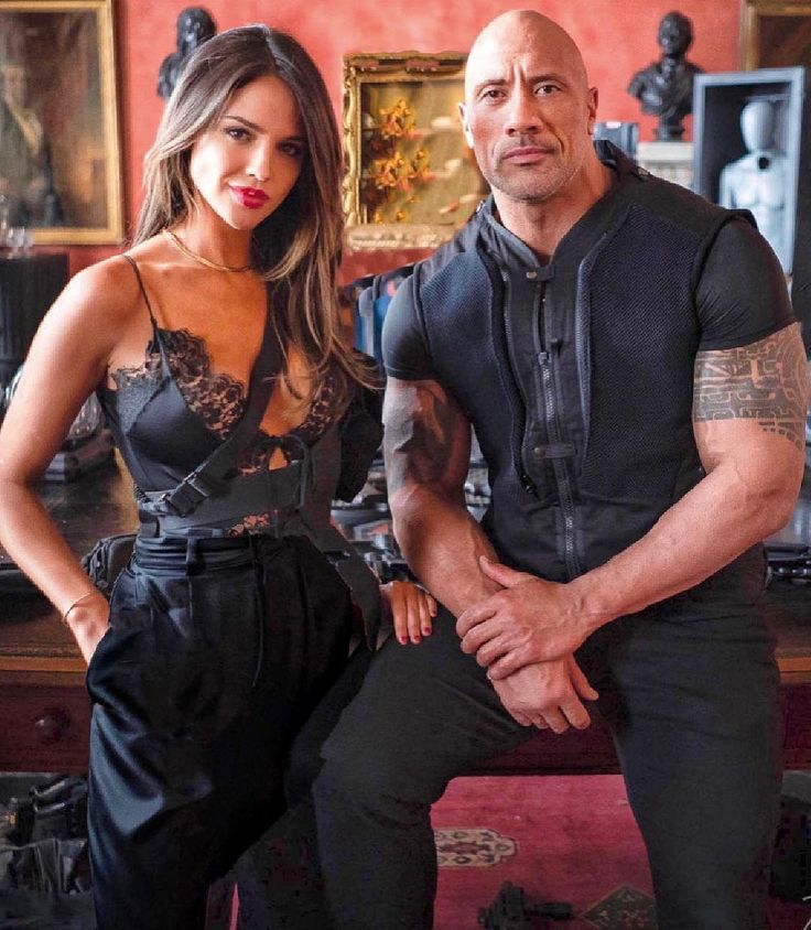 The Rock Welcome Madam M To Our Franchise Eiza Gonzalez Peliculas Completas Fast And Furious Dwayne Johnson