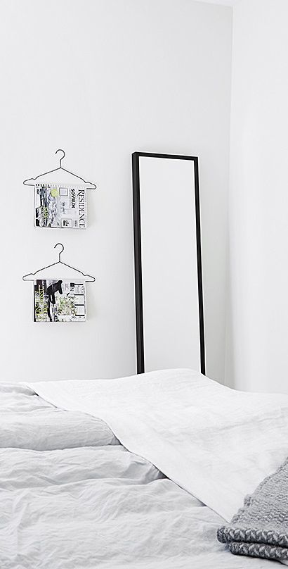hangers for magazinesDiy Ideas, Grey And White, Good Ideas, Bedrooms Details, Ideas Pin, Bedrooms Decor, Bedrooms Inspiration, Hangers Ideas, Bedrooms Ideas