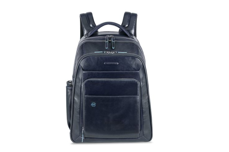 Piquadro Blue Square backpack http://www.piquadro.com/it/cartella-verticale-a-due-manici-con-portabilita.html
