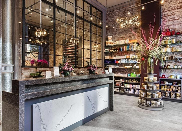 7 Next Level Beauty Treatments You Can Only Get In Nyc Nyc Salon Nyc Beauty Treatments