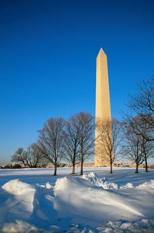 Snow in Washington DC (Photos of the DC Capital Region): Washington Monument in the Snow