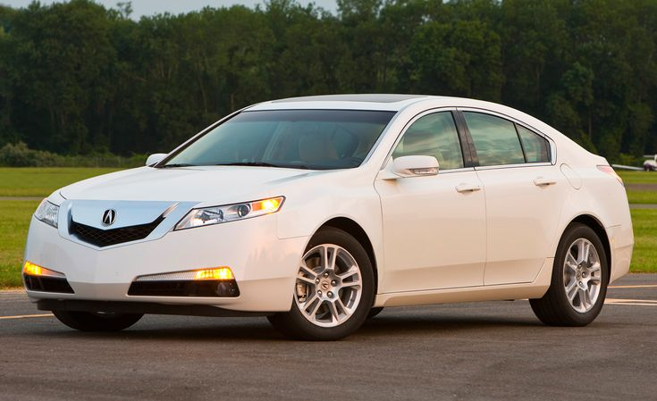 Acura TL Reviews - Acura TL Price, Photos, and Specs - Car and Driver