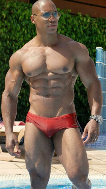 84 Best Black  Pumped Images On Pinterest  Muscle Guys -9770
