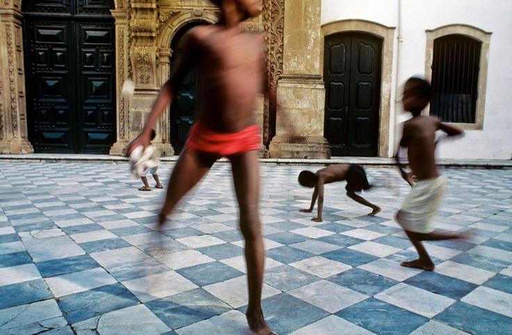 Brazilian Candomblé through the lens of Mario Cravo Neto