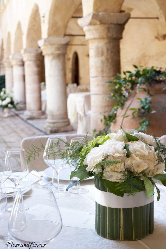 Centrotavola di fiori per matrimonio
