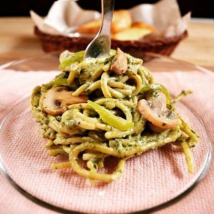 Spaghetti with Mushroom in Basil Pesto
