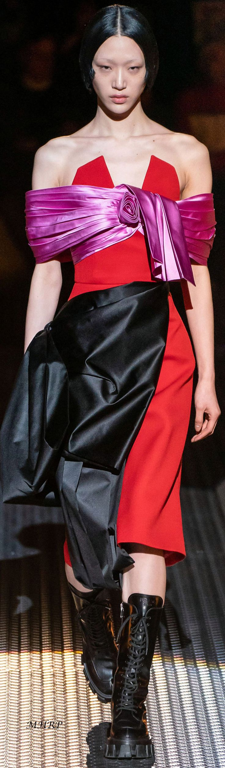 Prada Fall 2019_vogue.ru