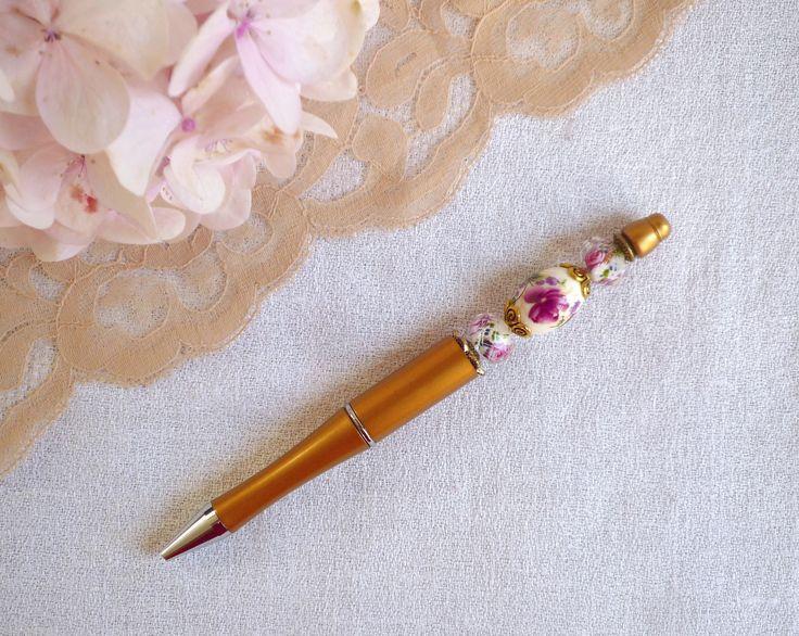 Stylo bille doré perlé rechargeable : Matériel pour écriture par bric-broc-et-vieilles-dentelles