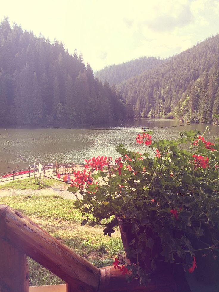 Lacul Rosu.
