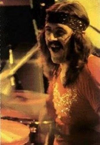 306 best images about john bonham 39 bonzo 39 on pinterest redditch united led zeppelin drummer. Black Bedroom Furniture Sets. Home Design Ideas