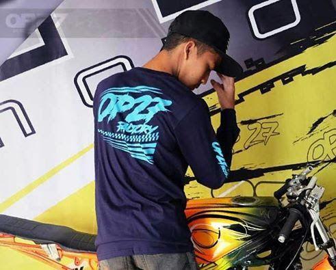 T-shirt TOP27-013 LS Navy. Tinggal satu pcs ukuran S gaess  087845622777 (WA, SMS, & Telp) / D17560D1 (BBM) / op27factory (LINE)