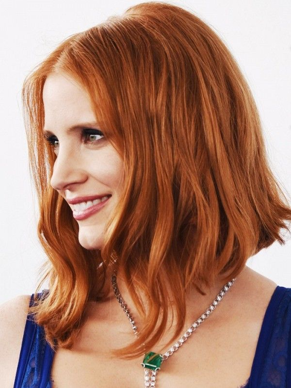Jessica Chastain with an asymmetric bob.
