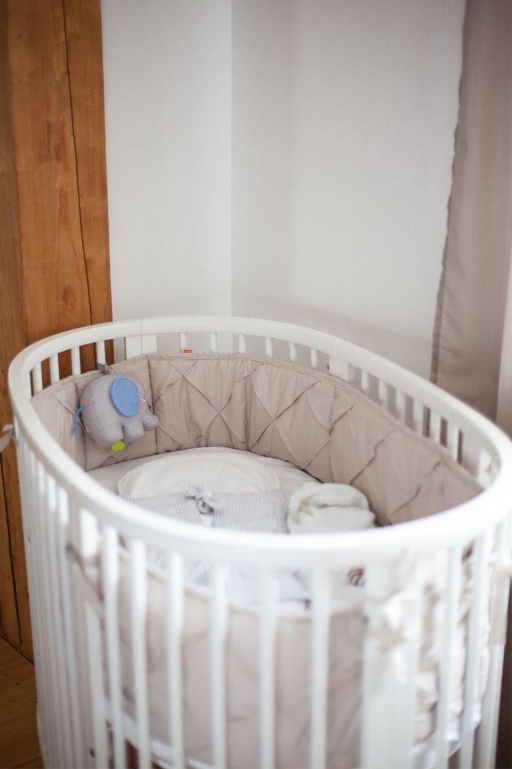 die besten 25 babybett beistellbett ideen auf pinterest beistellbett baby beistellbett und. Black Bedroom Furniture Sets. Home Design Ideas