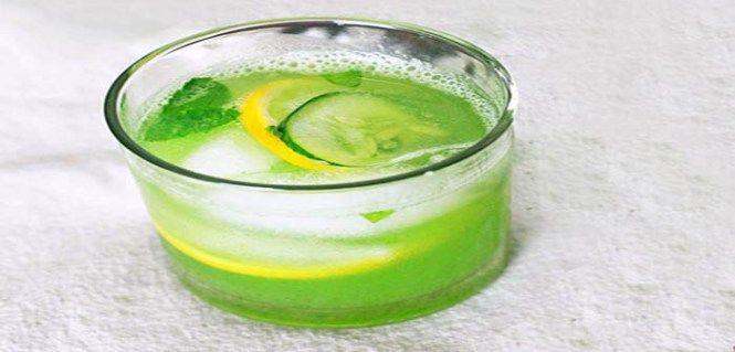 Verlies 6 pond in 4 dagen met De Vetverbrandings Drankje (Recept)    ingrediënten:    1 eetlepel geraspte gember  1 komkommer  4 Citroenen  12 blaadjes munt  8 glazen water  Hoe het te maken?    Schil en snijd de verse komkommer en snijd de citroen in stukjes. Meng alle ingrediënten in een pot en laat het 's nachts in de koelkast afkoelen – u kunt de volgende dag beginnen .    Zorg ervoor dat u het gezonde drankje minstens gedurende de vier dagen consumeert, bij voorkeur in de ochtend.