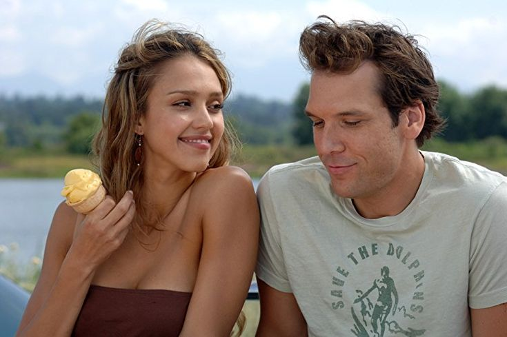 Jessica Alba and Dane Cook in Good Luck Chuck (2007)