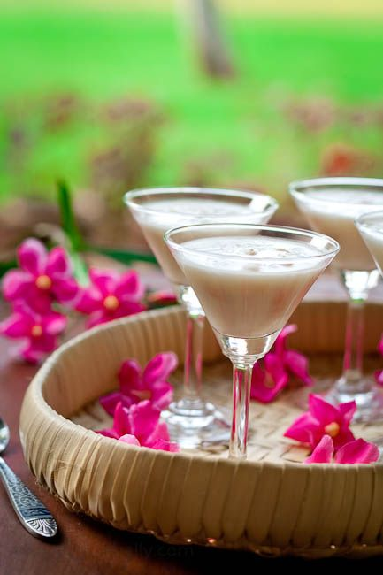Tender Coconut/Coconut Water/Coconut Juice/Elaneer and Lychee Pudding