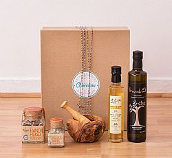 Seasoned with Love Gift Box