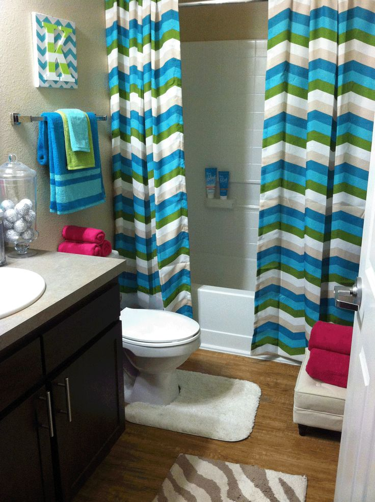 Best 25 zebra bathroom decor ideas on pinterest hanging for Blue green bathroom ideas
