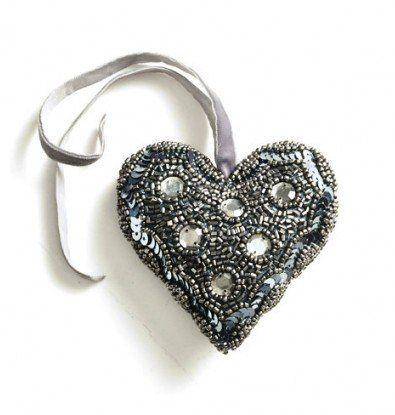 Perlebroderet Hjerte