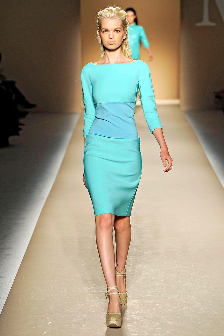 MaxMara Spring 2012 RTW: Midi Dresses, Tiffany Blue, Color Pallets, Daphne Groeneveld, Color Combinations, Aqua Color, Aqua Dresses, Sweet Dresses, Pastel Color