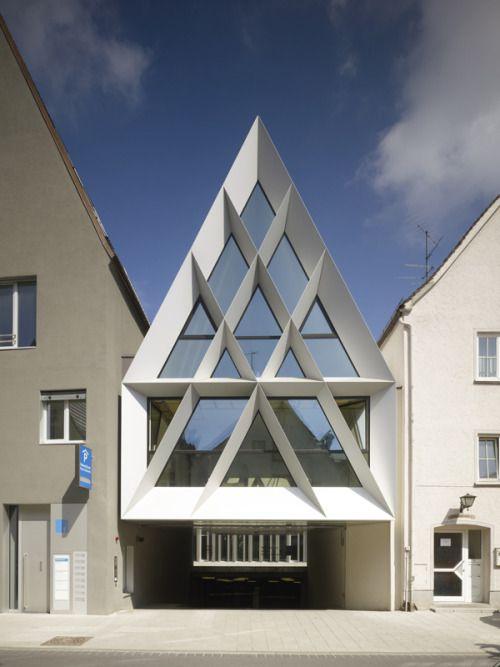 Trint & Kreuder D.N.A - Elbethenarea, a mixed use cultural complex, Memmingen 2010. Via.