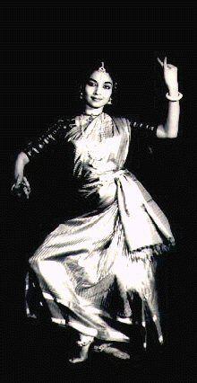 dakshina/daniel phoenix singh style: BHARATA NATYAM