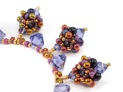 Ice Queen Necklace. Cindy Holsclaw: Ice Queen, Fall Colors, Wonder Colorway, Queen Necklaces