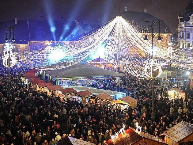 [LIVE] Târgul de Crăciun din Sibiu, unul dintre cele mai frumoase târguri de Crăciun din Europa | Actualitatea Online