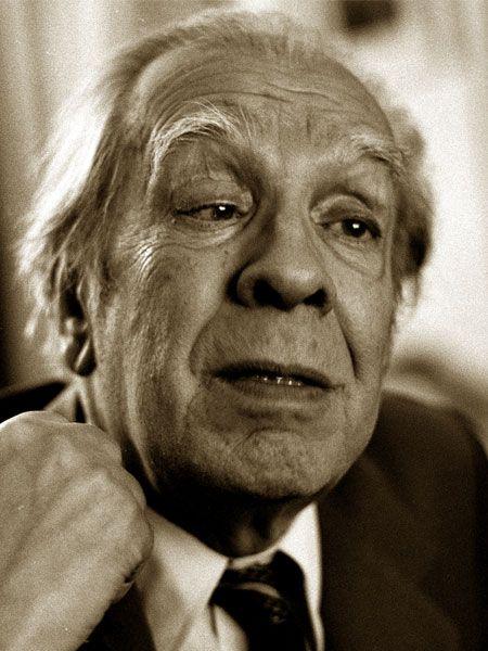 """Jorge Luis Borges: """"Viviamo in un'epoca molto ingenua; per esempio, la gente compra prodotti la cui eccellenza è vantata dalle stesse persone che li vendono."""""""