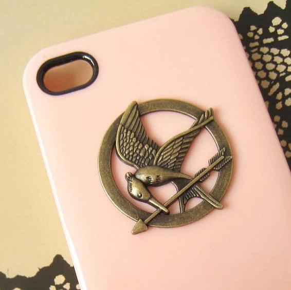 The Hunger Games Mockingjay Logo iPhone 4/4S case, Apple iPhone 4 Case, iPhone 4s Case, iPhone 5 Hard Case. $1.98, via Etsy.