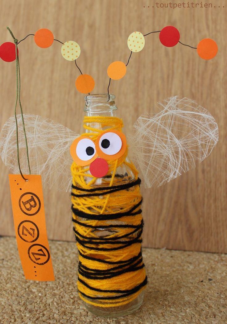 Abeille-bouteille! www.toutpetitrien.ch / fleurysylvie #bricolage #enfant