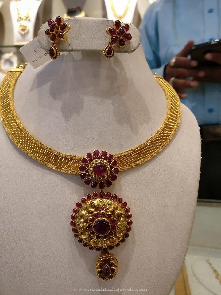 Simple Gold Attigai Necklace, Gold Ruby Attigai Necklace Design, Gold Designer Attigai Necklace Models.
