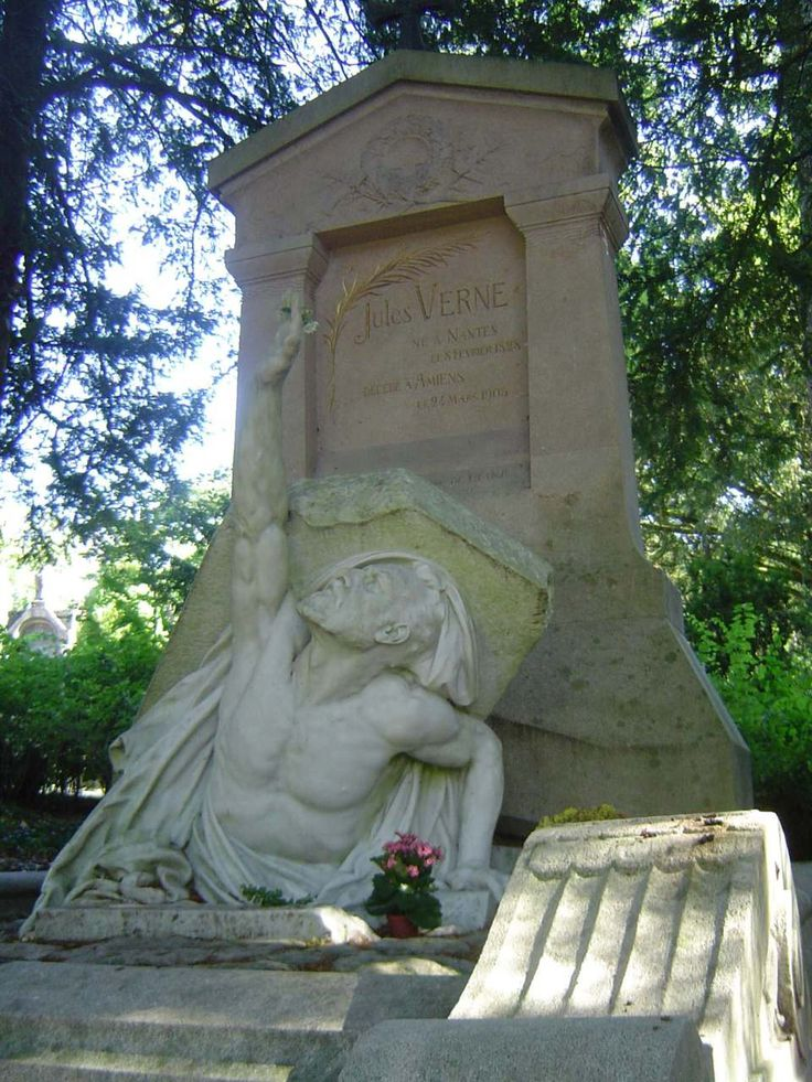 Jules Verne's grave. Famed science fiction author Jules Verne died from diabetes at the age of 77 on March 24th 1905 in Amiens, France, where he was buried in the Cimetière de la Madeleine.