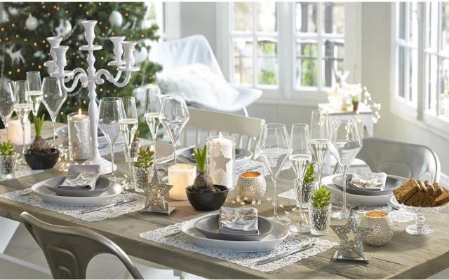 Viste tu mesa de gala para esta Navidad: Mesa de gala de estilo nórdico
