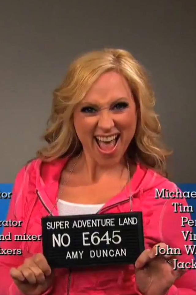 Leigh Allyn Baker from good luck charlie,love her poses when she is acting as Amy Duncan