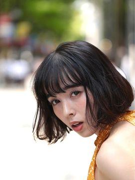 大人キュートなふんわりボブ セミディスタイル [オブヘア] http://www.ofhair.co.jp/sp Of HAIR [オブヘア]  最新トレンドヘアスタイルや動画を配信。掲載スタイルは全てOf HAIR オリジナル 店舗のURLはこちらから⇧⇧⇧ 初めての方はHPからクーポンをご利用ください。 オブヘアは、お客様と共に自社開発するコスメメーカー Ofcosmetics [オブ・コスメティックス] を持つヘアサロンです。 #銀座 #表参道 #原宿 #青山 #前髪 #ファッション #撮影 #サロモ #お洒落 #美容師 #ロング #fashion #ヘア #アレンジ #ヘアアレンジ #ミディアム #簡単アレンジ #hair #グレージュ #ヘアスタイル #スタイリング #髪型 #メイク #セット #ヘアセット #ヘアアレンジ #巻き方 #渋谷 #可愛い #東京