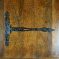 Door Accessories - Latches, Door Knockers, Ornaments