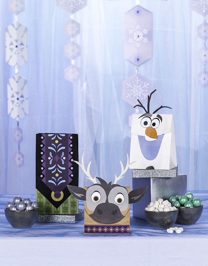 Frozen-inspired goodie bags! Your Frozen-themed birthday party will be the talk of the town when you send guests home with their very own Sven, Olaf or Nordic-inspired goodie bag. These easy to make, unforgettable bags can double as lunch bags too.