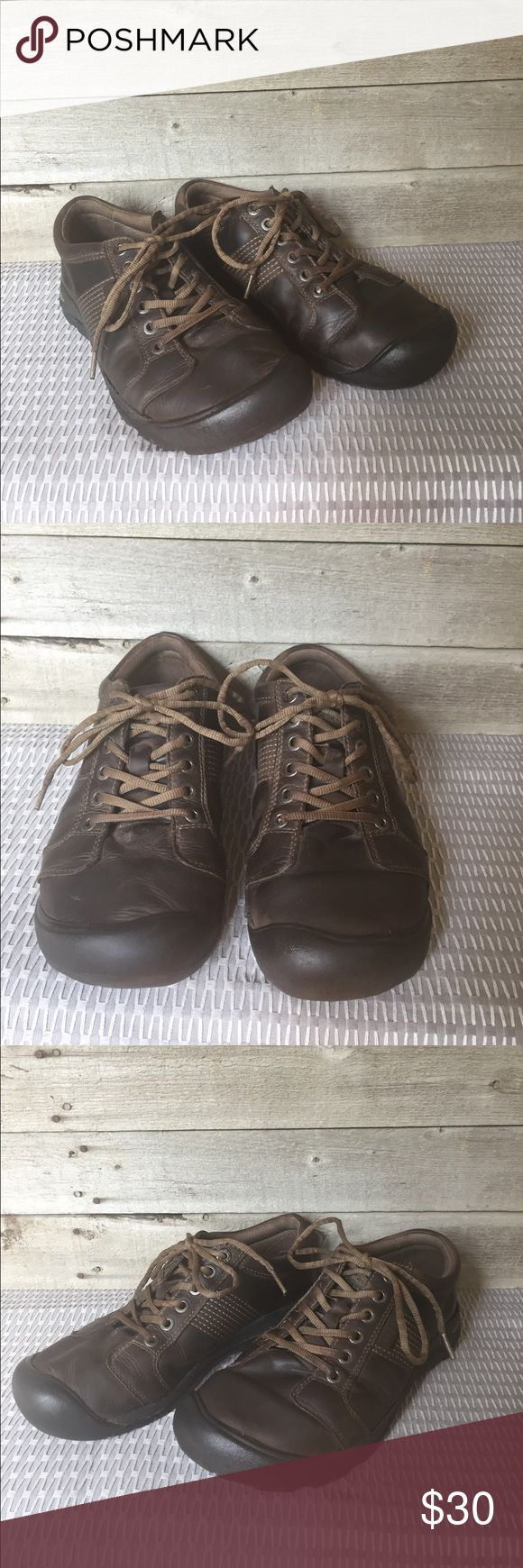 Keen Brown Leather Austin Lace-up Men's 9 EU 42 These are a staple for every wardrobe. This pair of Brown Keen Austin shoes have a lot of wear left and are in solid pre-owned condition. Wear is visible on front in crinkling of leather and some side sole wear as pictured. Bundle and save! Offers welcome. Keen Shoes Sneakers