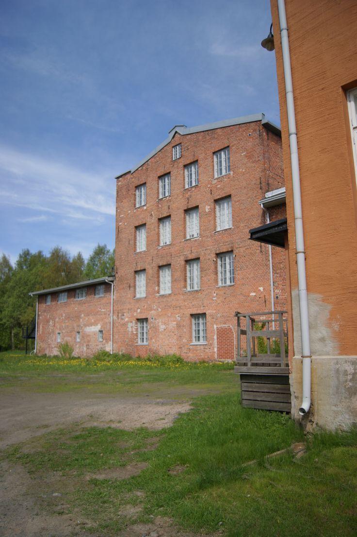 Origins. Fascination of old buildings. #pikisaari #oulu #Finland #summer ©Marika Lindström