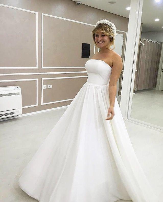 Happy smiles of our brides are priceless! 💎 #tinavalerdi