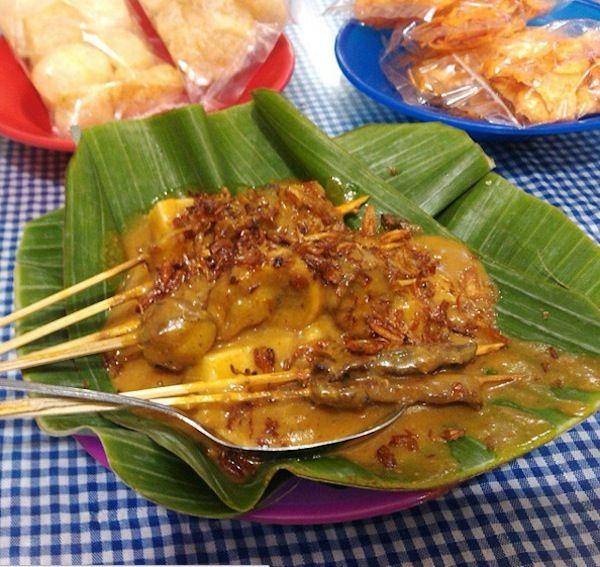 10 Sate Padang wajib coba di Medan