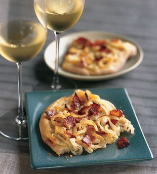 onion and bacon tart appetizer