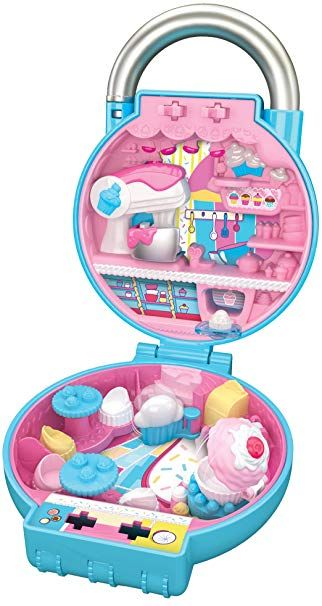 9a3bcad89 Amazon.com  Shopkins Lil  Secrets Secret Lock - Pretty Petals Flower Shop   Toys   Games